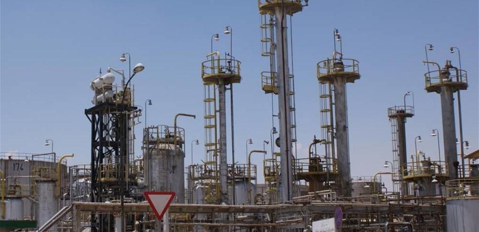 الصناعة النفطية في حاجة الى نصف تريليون دولار