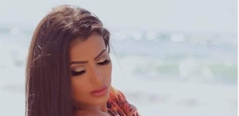 baa0d5e31 عارضة أزياء لبنانية تتحدى الثلج في فاريا! (صورة)
