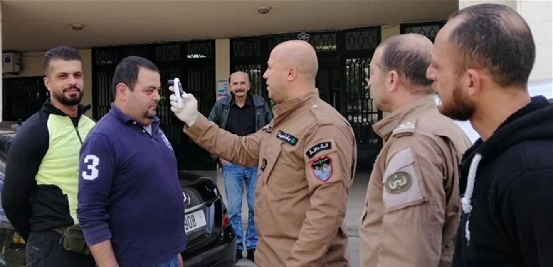 """بلديات لبنان تستنفر لمواجهة """"كورونا"""""""