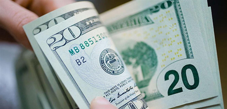 مع انتهاء عطلة العيد.. كم سجل سعر الدولار للتحاويل النقدية؟