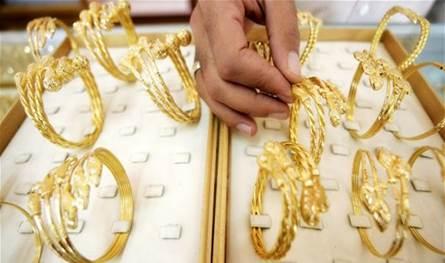 الصاغة يشترون الذهب: ندفع بالدولار