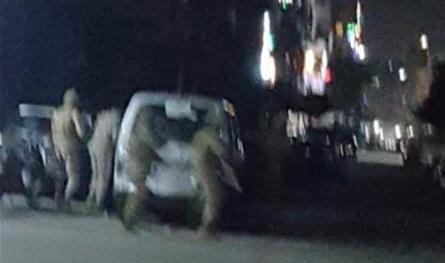 الجيش يداهم أحد أحياء باب التبانة بعد اشكال عنيف خلّف جرحى (فيديو)