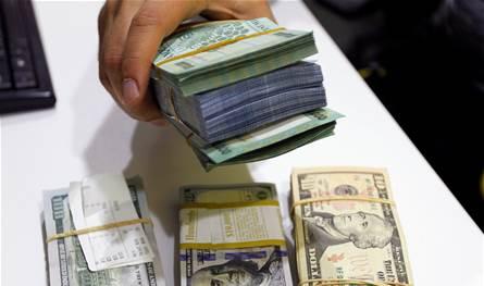 الدولار يعاود الارتفاع في السوق السوداء.. هذا ما سجله