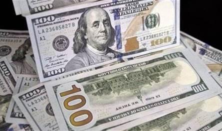 تراجع الدولار في السوق السوداء.. إليكم التسعيرة المُتداولة