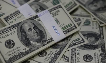 بعد تراجعه أمس.. كيف افتتح سعر الدولار في السوق السوداء؟