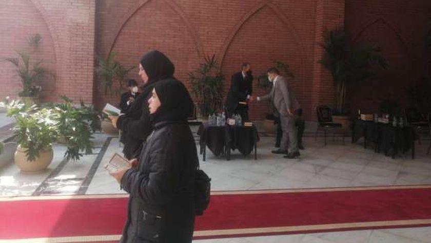 جمال مبارك يظهر للمرة الأولى بعد عام من وفاة والده